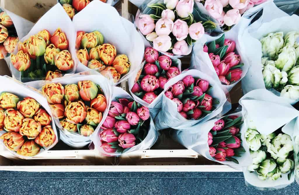 Mother's Day Gifts (that you can buy for any lovely lady even when it's not Mother's Day & even if she's not a mom)